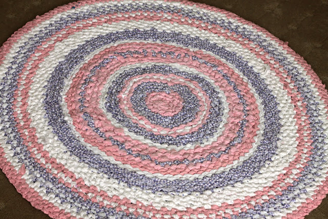 Hand crocheted strip rug directions