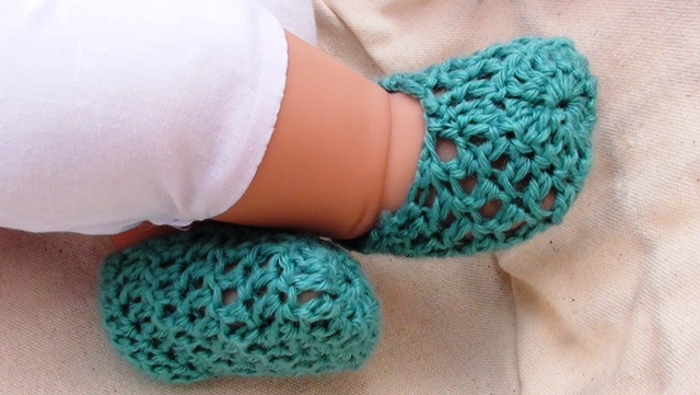 Free Crochet Pattern For Newborn Socks