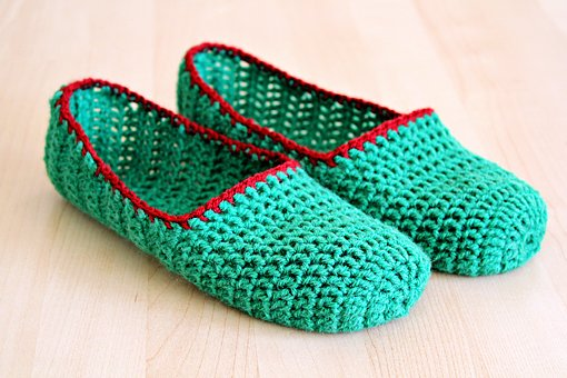 Crocheting Instructions : Free Crochet Slipper Patterns Beginner