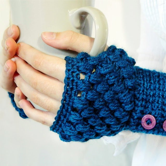 Crochet Free Patterns Mittens : 17 Fingerless Gloves Crochet Patterns Guide Patterns