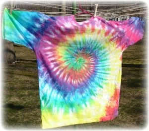How to Tie Dye a Shirt