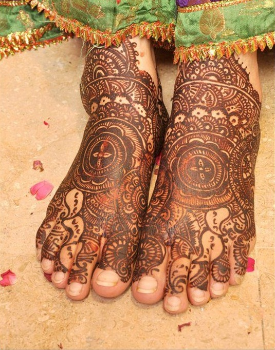 Feet Mehndi Designs Bridal : Beautiful bridal mehndi designs guide patterns