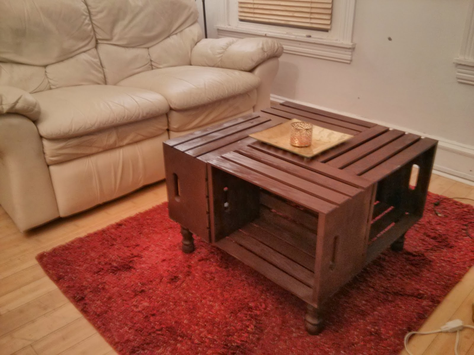20 diy wooden crate coffee tables guide patterns for Design a table