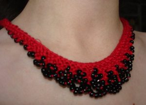 Cute Seed Bead Necklace Design