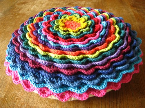 Crochet Flower Cushion Pattern Free : 27 Easy Crochet Pillow Patterns Guide Patterns