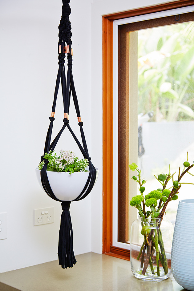 how to macrame a plant hanger 18 diy macram 233 plant hanger patterns guide patterns 9049