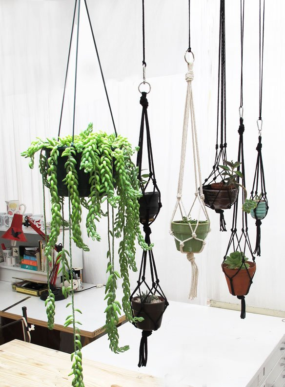 18 DIY Macramé Plant Hanger Patterns | Guide Patterns