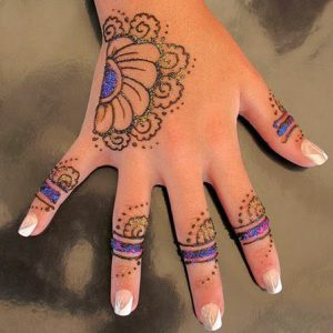 Simple Arabic Mehndi Design for Kids