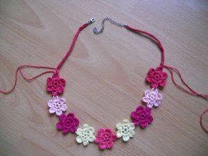Crochet Necklace Pattern Idea