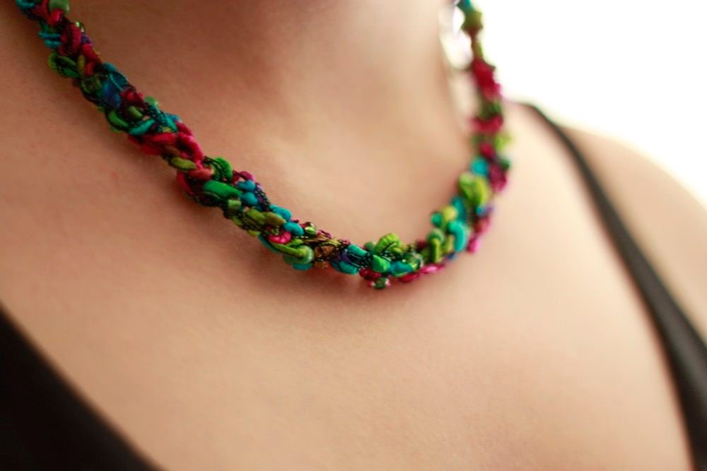 Crochet Necklace : Crochet Necklace with Beads