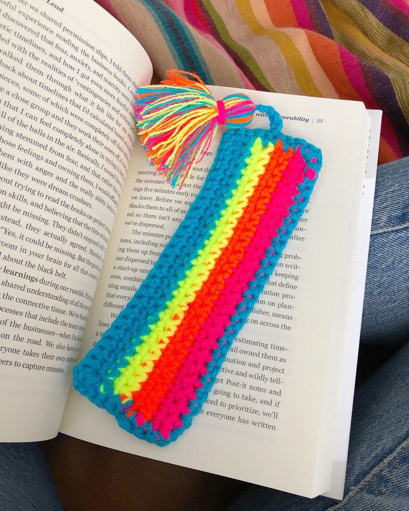 Free Crochet Bookmark Patterns : 17 Crochet Bookmarks Guide Patterns
