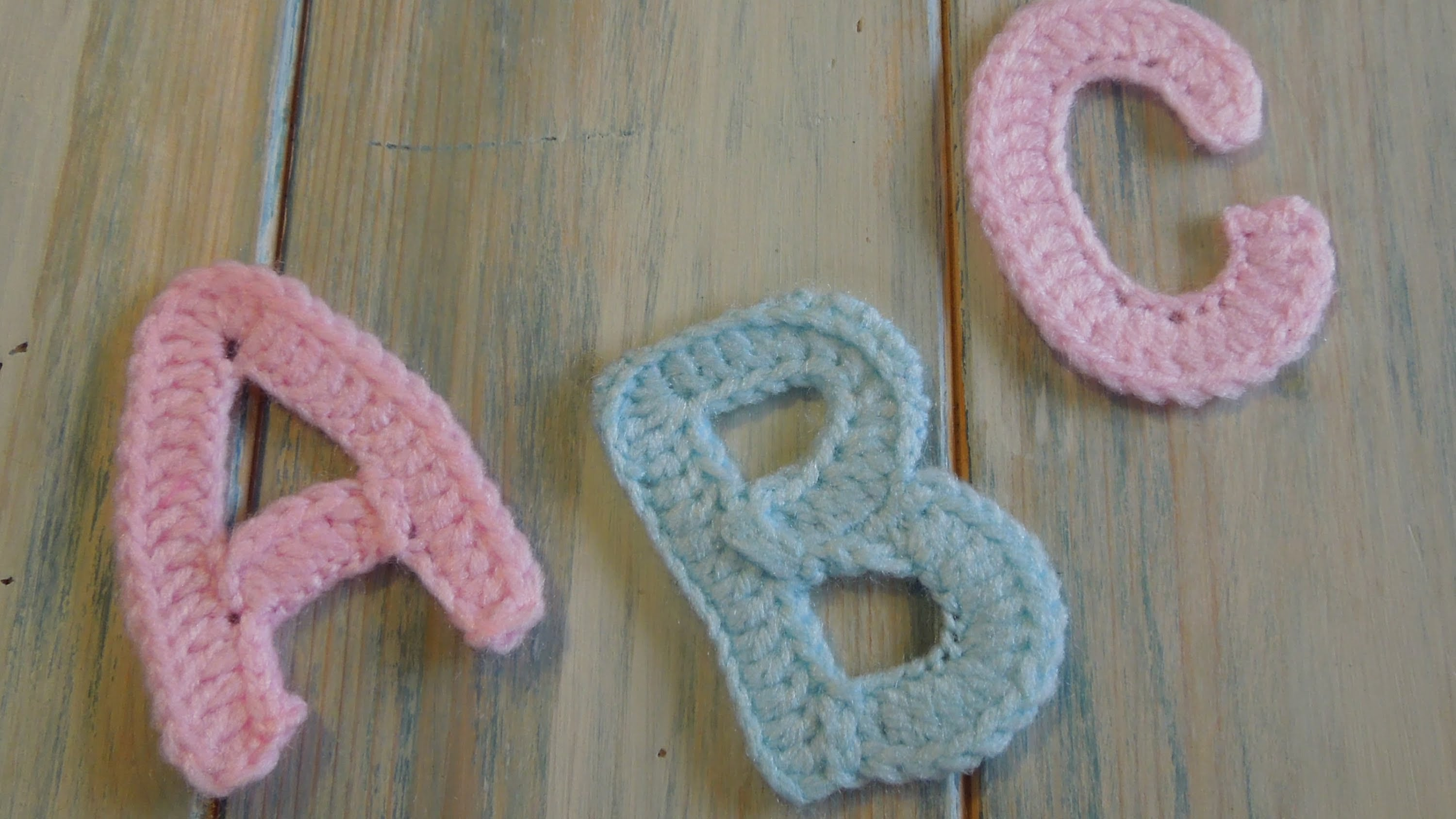 12 crochet letter patterns