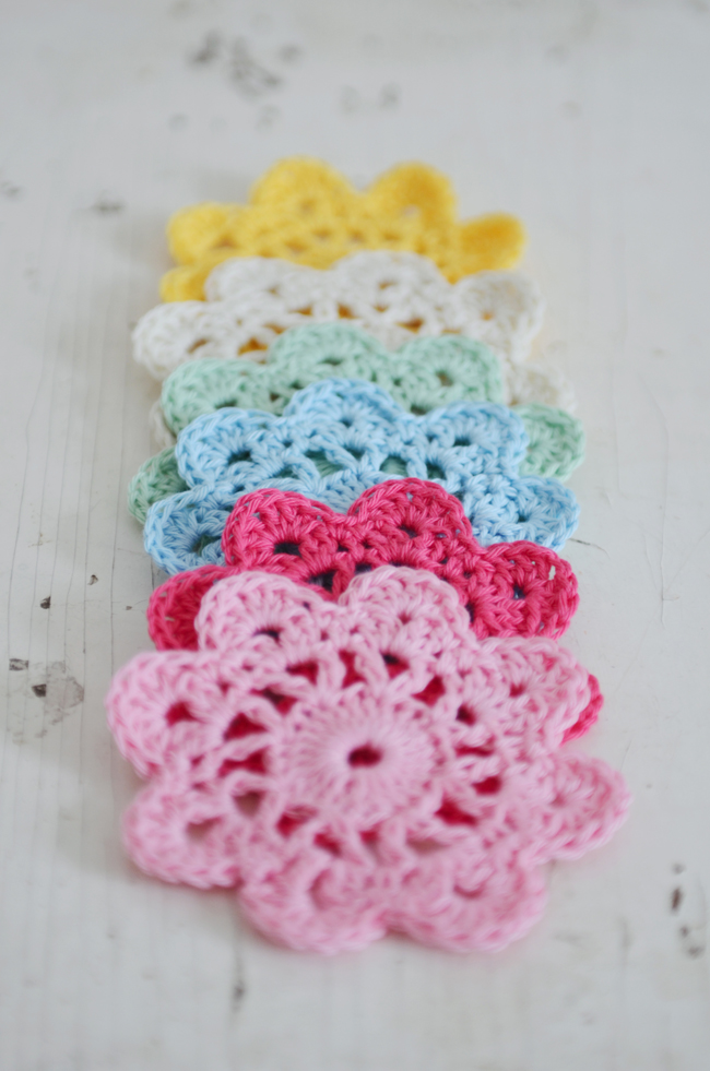 Crocheting Coasters : 21 Easy Crochet Coaster Patterns Guide Patterns