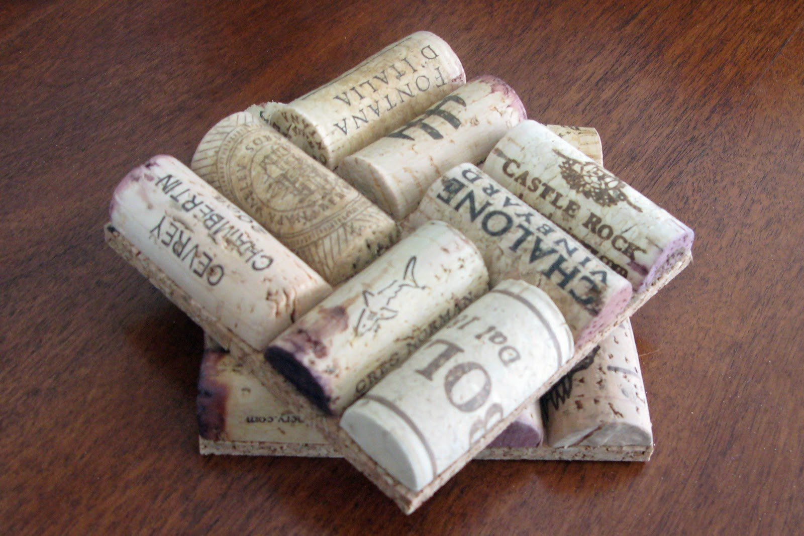 11 wine cork coasters guide patterns for Simple cork