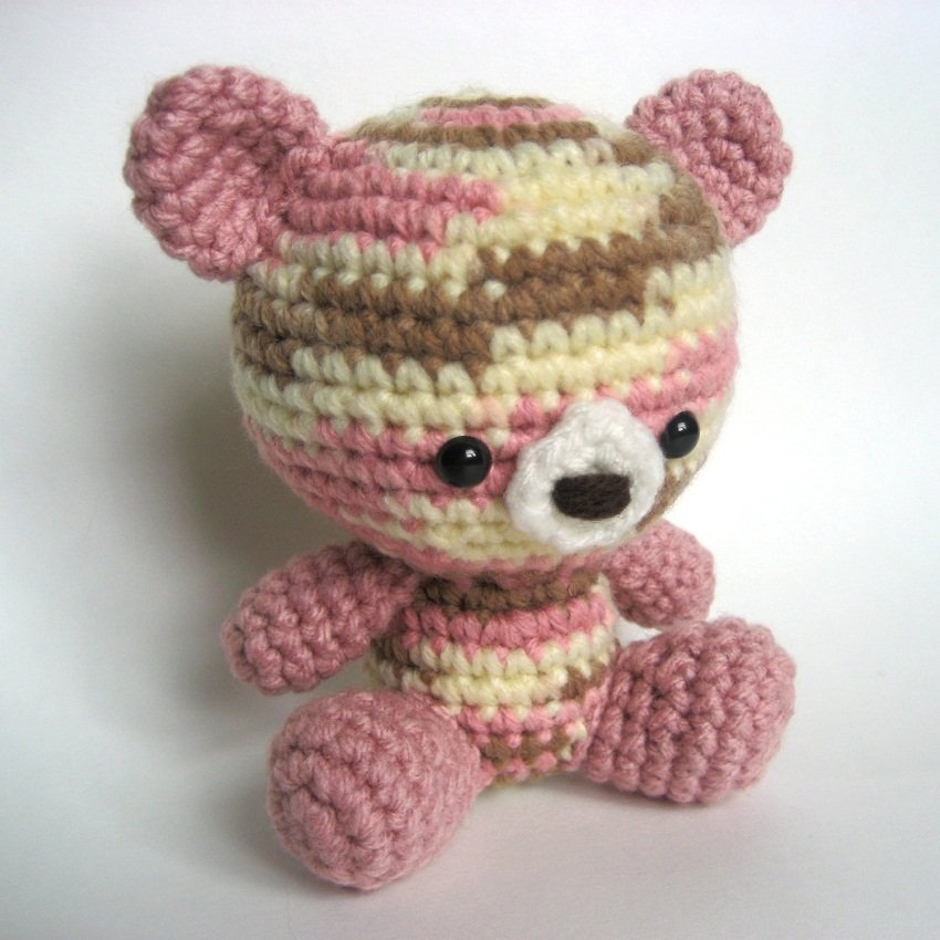 Honey teddy bears in love: crochet pattern | Crochet teddy bear ... | 850x850