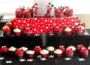 DIY Mickey Mouse Cupcake Stand