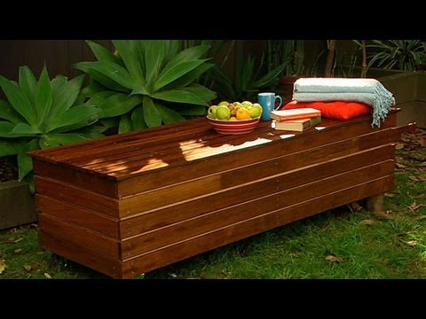 Genial DIY Outdoor Storage Bench