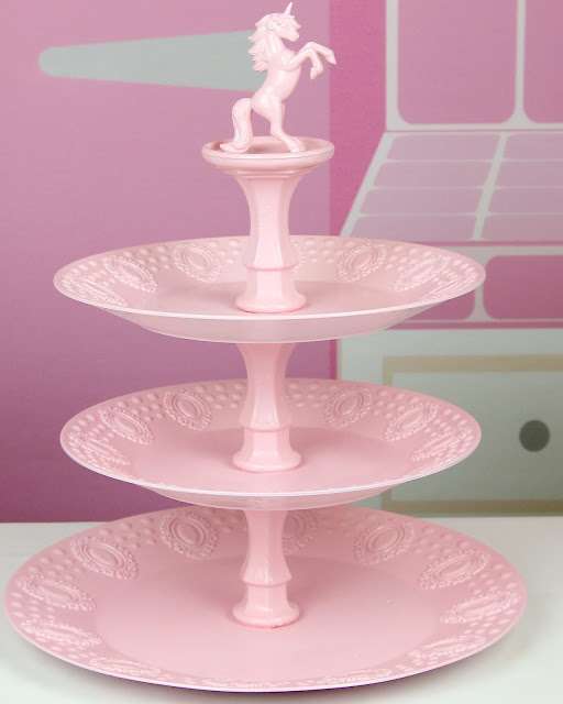 DIY Tiered Cupcake Stand & 25 DIY Cupcake Stands with Instructions | Guide Patterns