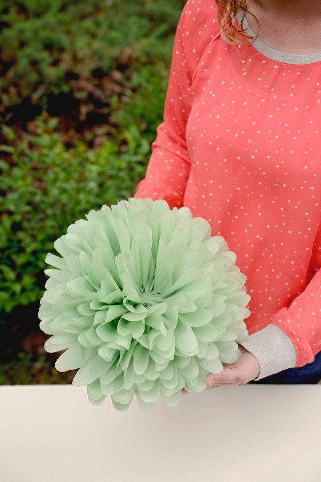 Ways To Make Giant Tissue Paper Flowers