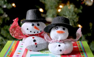 Holiday Sock Snowmen