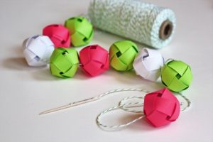How to Make Paper Garland