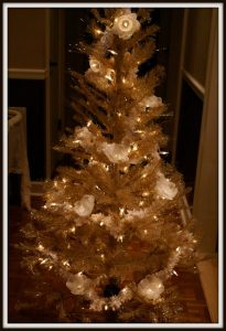 Lighted Garland Paper