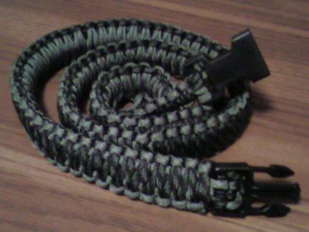22 DIY Paracord Belt Projects