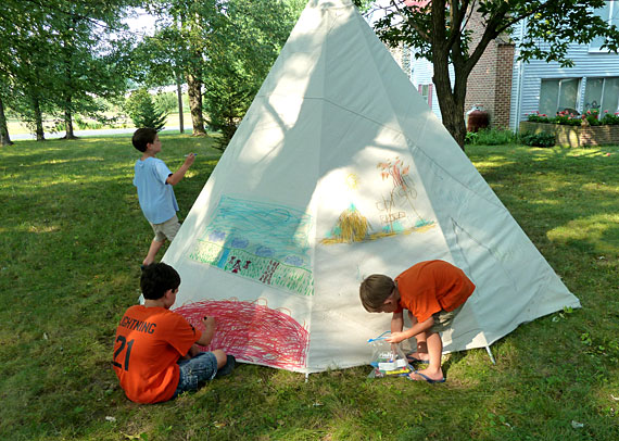 how to build a teepee out of sticks
