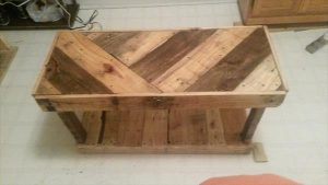 Customized Pallet Shoe Rack