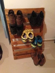 How To Make A Pallet Shoe Rack