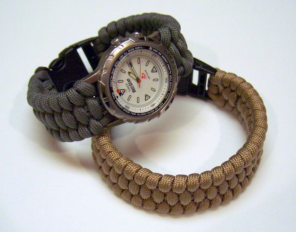 10 paracord watch band diy projects guide patterns for Paracord projects