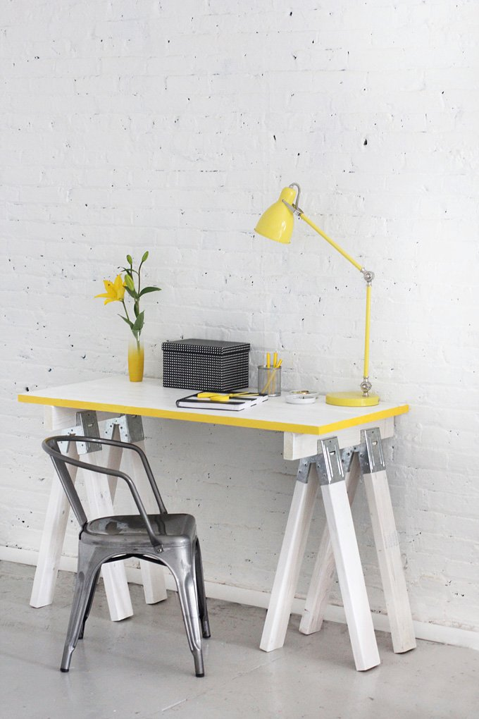 18 DIY Sawhorse Desk Plans | Guide Patterns