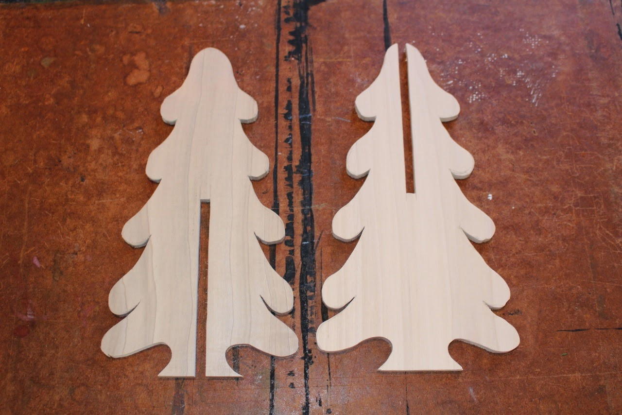wooden christmas tree pattern