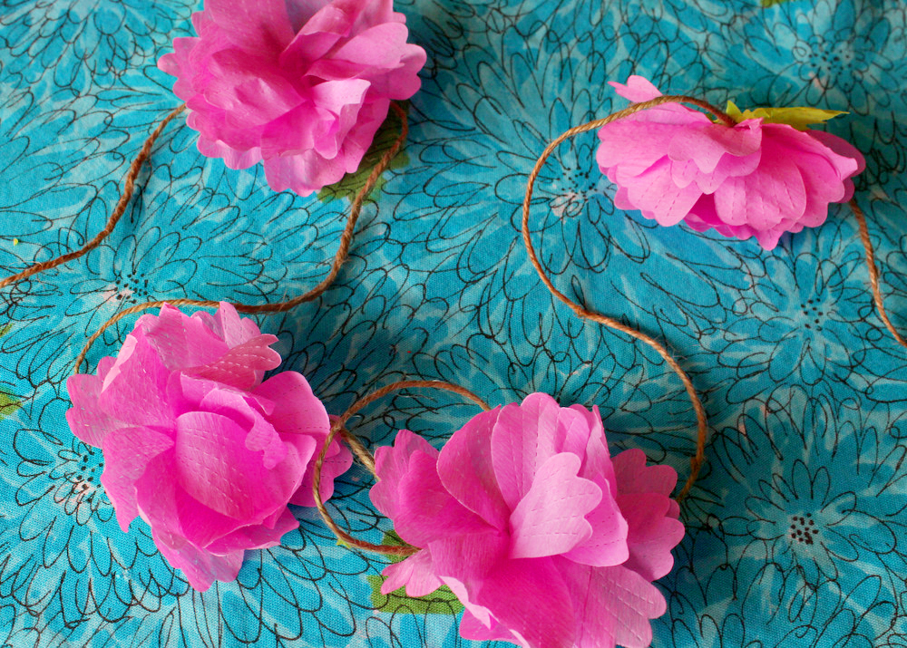20 Diy Crepe Paper Flowers With Tutorials Guide Patterns