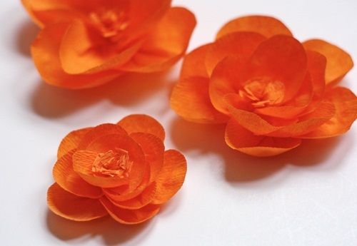 20 diy crepe paper flowers with tutorials guide patterns crepe paper flowers mightylinksfo
