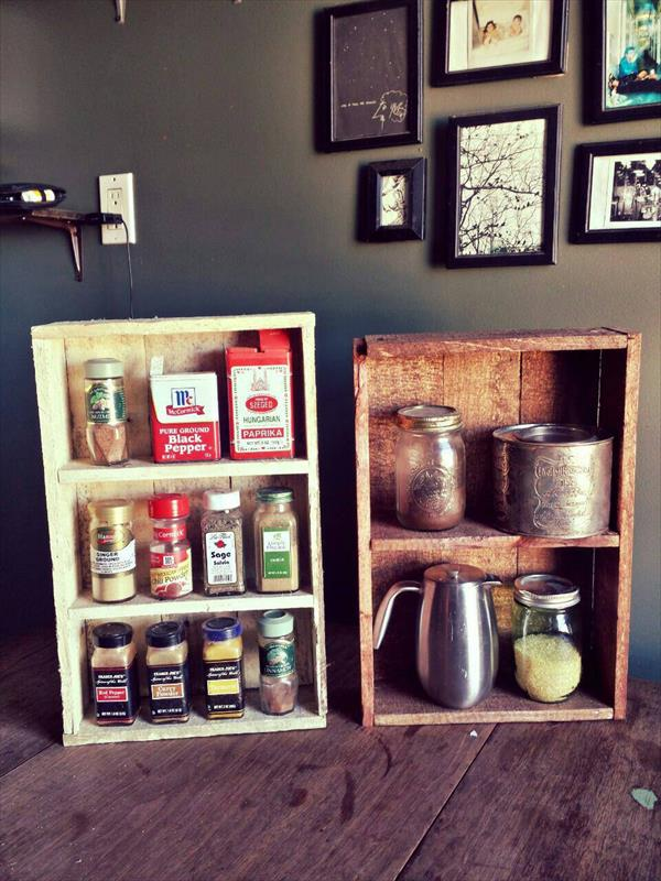 Wall Spice Racks: DIY Spice Rack: Instructions And Ideas