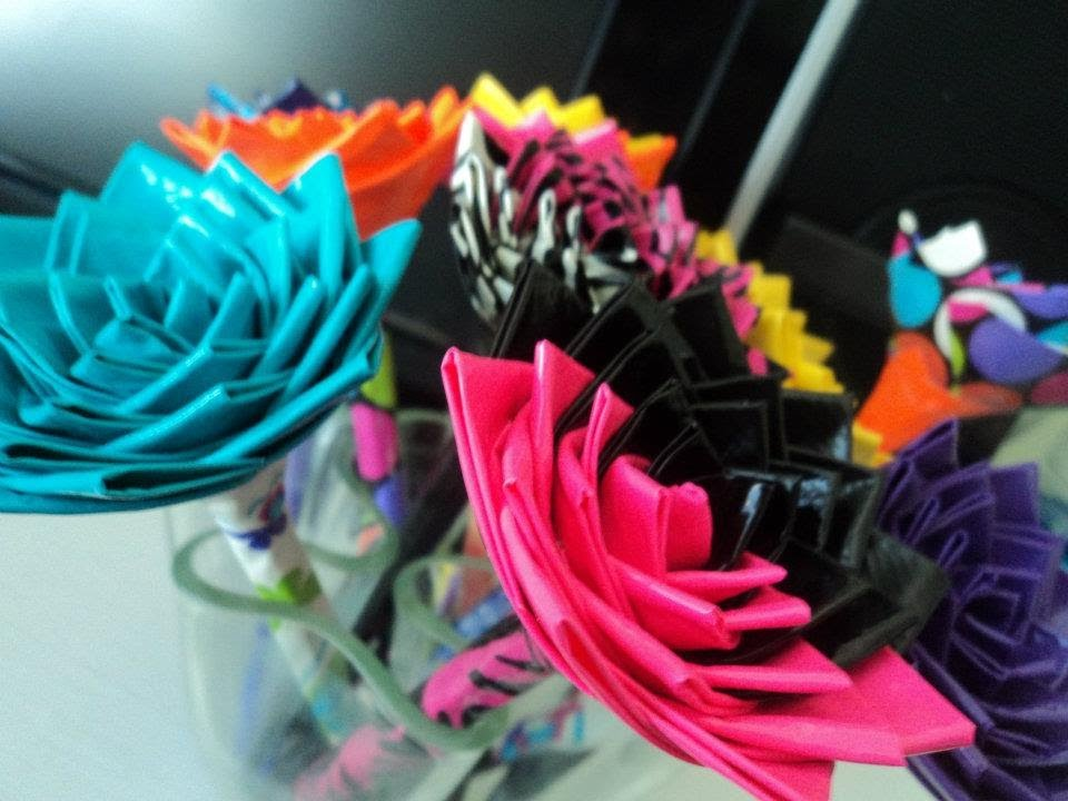 How to make a duct tape rose flower 18 ways guide patterns duct tape roses on pens mightylinksfo