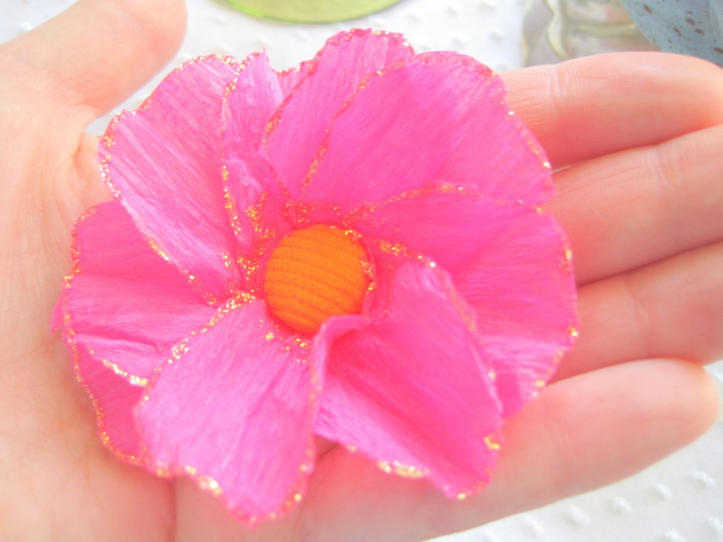 How To Make A Flower Out Of Crepe Paper Geccetackletarts