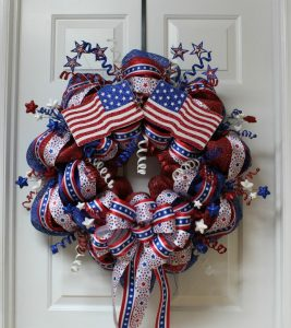 How to Make 4th of July Mesh Wreath