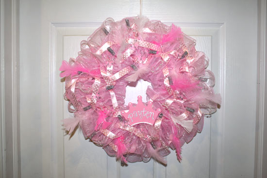 how to make wreath with poly mesh ribbon