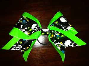 How to Make a Duct Tape Bow Bracelet