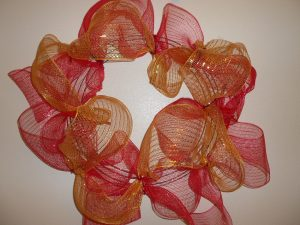 How to Make a Wreath with Mesh