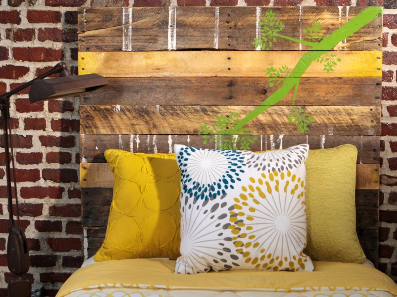 27 DIY Pallet Headboard Ideas | Guide Patterns
