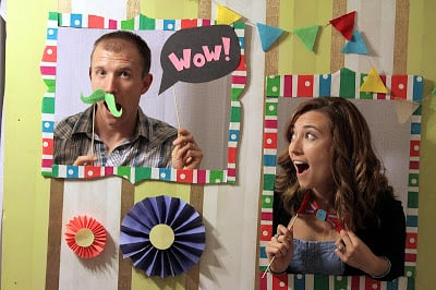 cardboard picture frames for parties