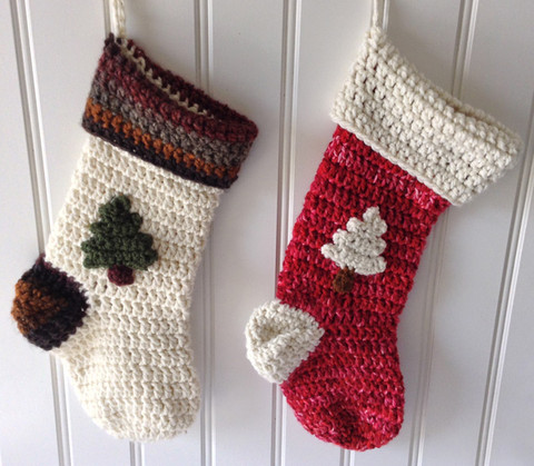 Christmas Crochet. Check out these free Christmas crochet patterns for ideas on holiday home decor and easy holiday crafts including crochet Christmas trees!