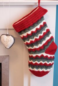 How to Crochet a Christmas Stocking