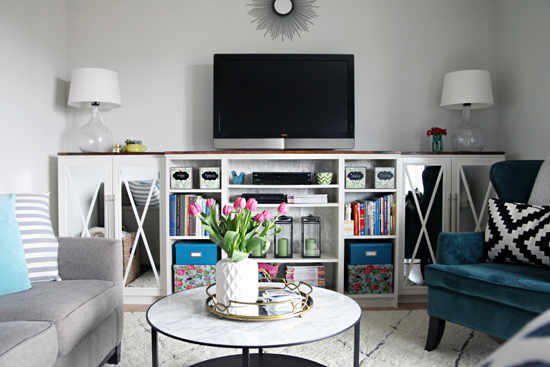 Charmant DIY Bookshelf TV Stand