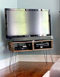 DIY Homemade TV Stand