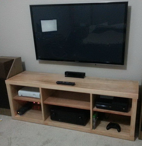 13 diy plans for building a tv stand guide patterns for Diy tv table