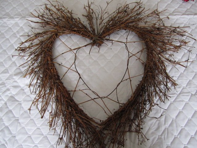 How to Make Grapevine Wreaths: 18 DIYs | Guide Patterns
